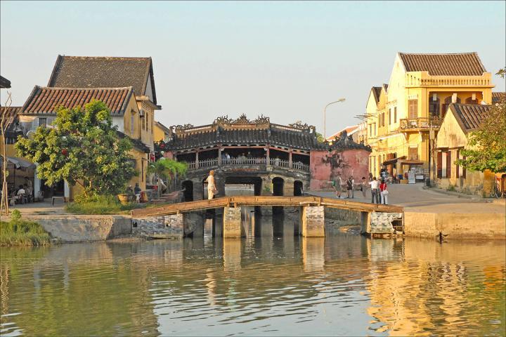 Vietnam Aikaero